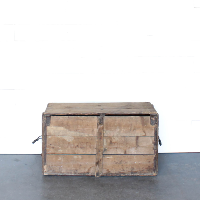 Damien Lidded Shipping Crate