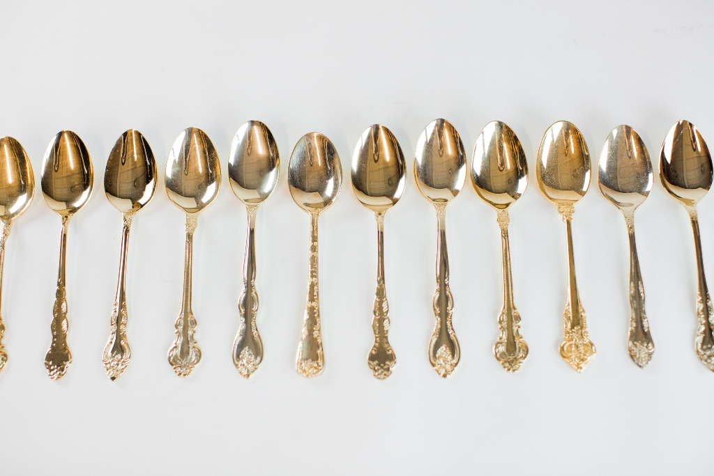 gold flatware, teaspoons {20} Collection : Unearthed Vintage