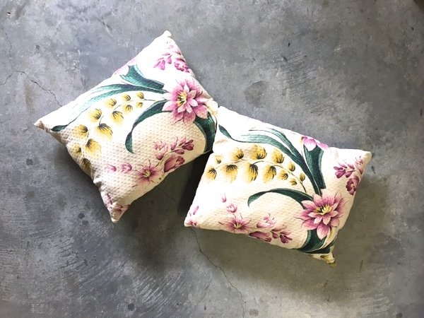 Evelyn Pillow Set