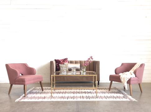 Lillies Lounge