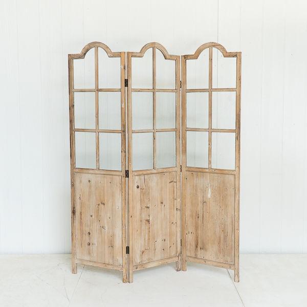 Folding Panel Rustic Backdrop