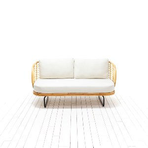 Tori Loveseat