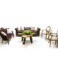 Bordeaux Lounge