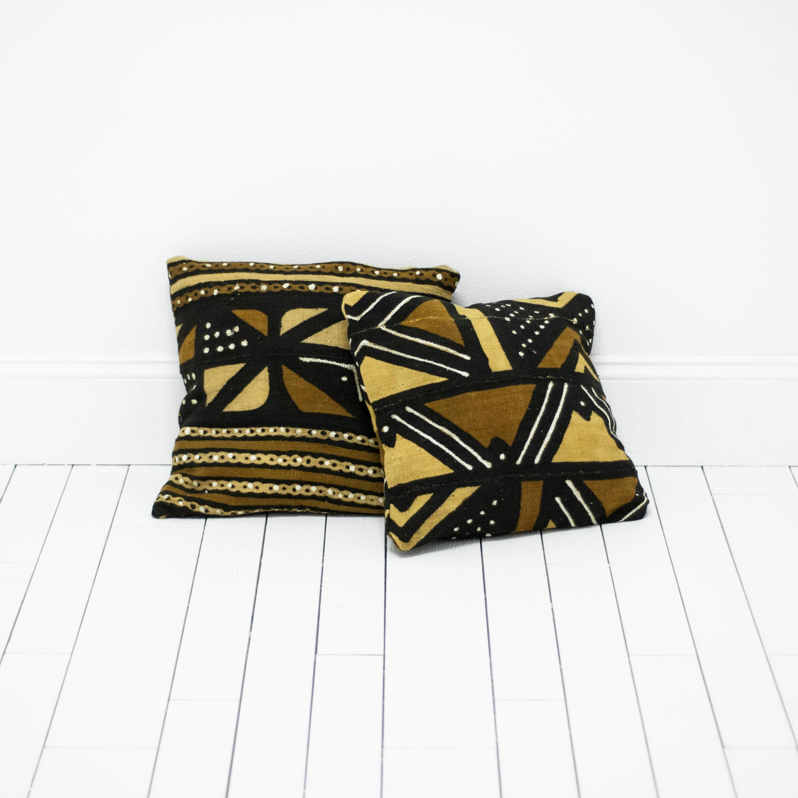 Desiree Pillows