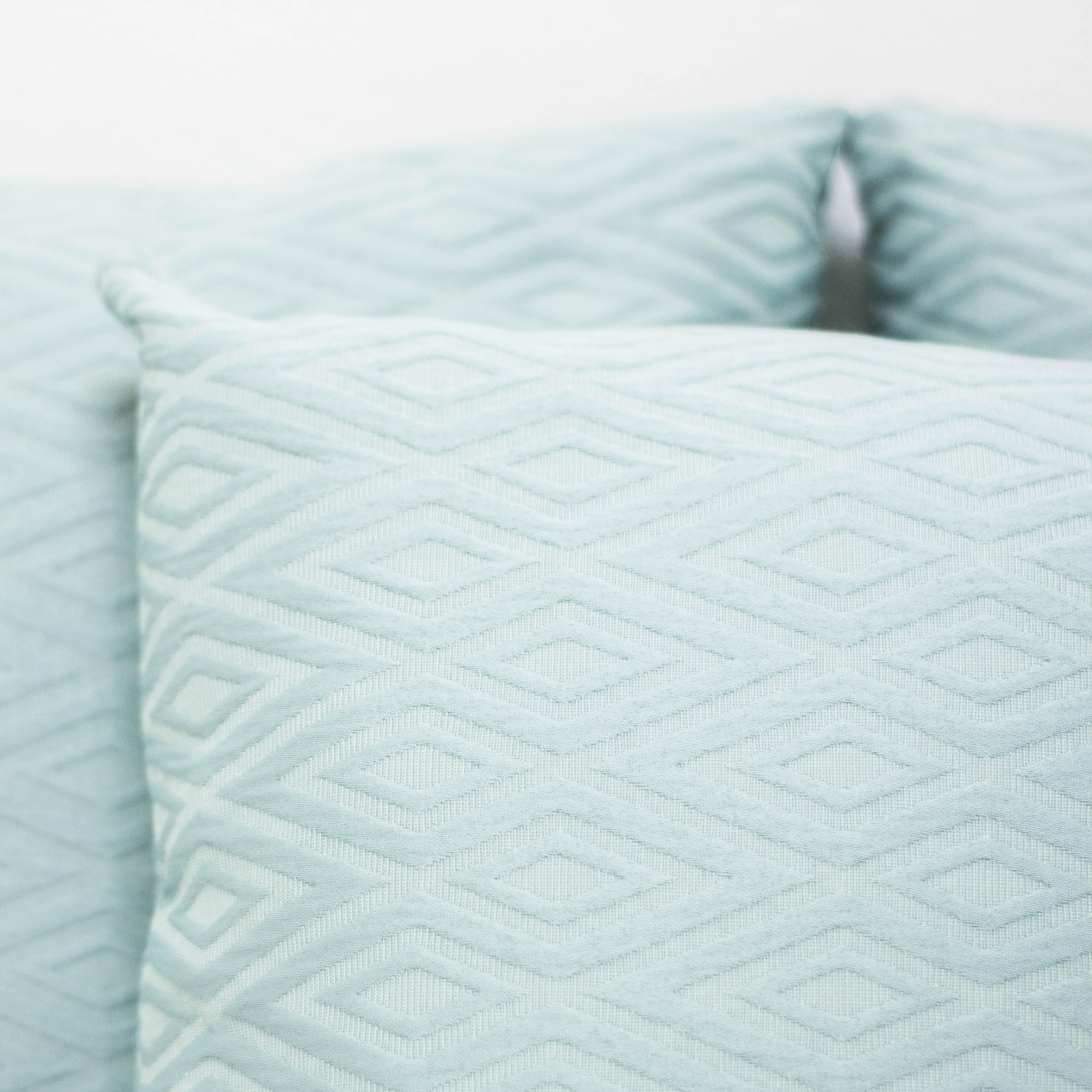 Trent Pillows