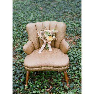 Gabbie Gold Sitting Chair
