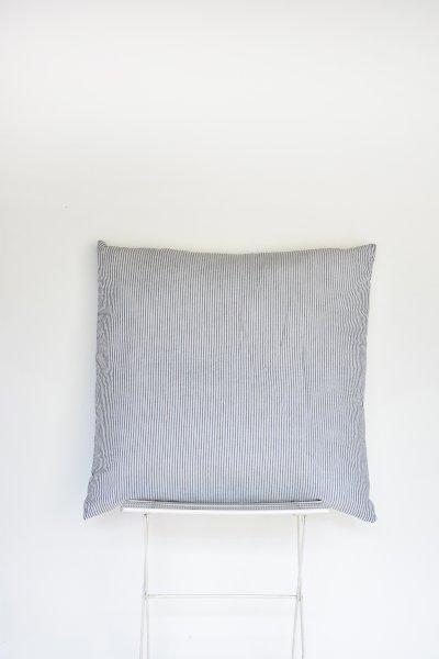Searsucker Pillow (Oversized + Floor)