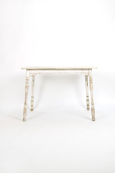 Shabby Cottage Table