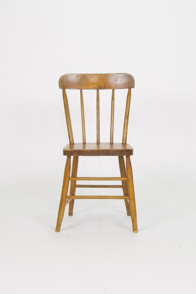 Small Spindel Back Chair
