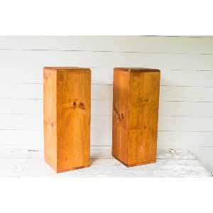 Wooden Pillar Pair