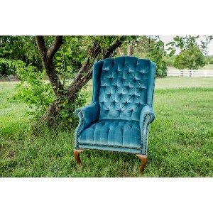 Ostrid Chair