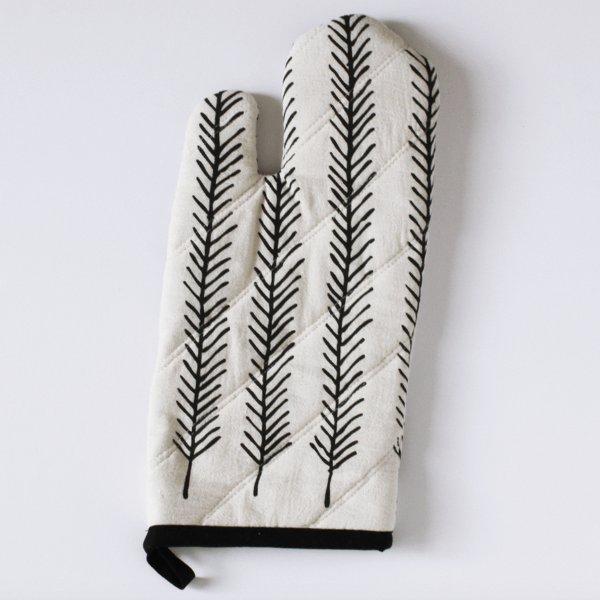 Feather Oven Mitt