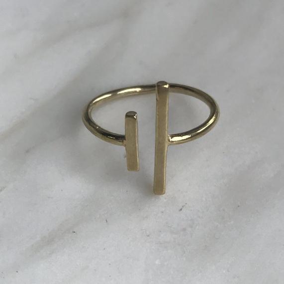 Asymmetrical Ring