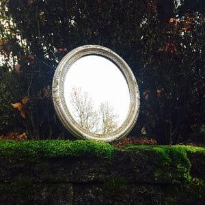 Perla Oval Mirror