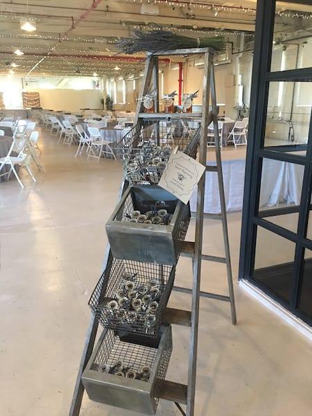 Ladder - Free standing basket