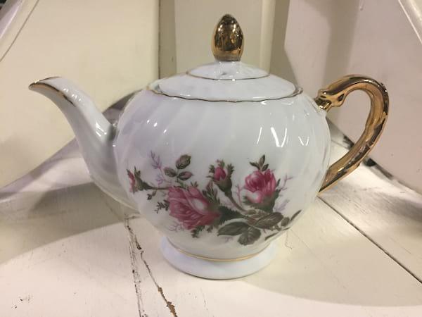 Teapot - Vintage Floral Assorted