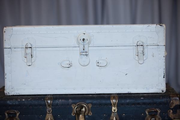 Trunk - White Leather Side Handle, No Front Handle