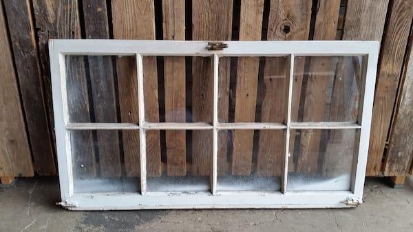 Window - White Brass Knob 8 Pane