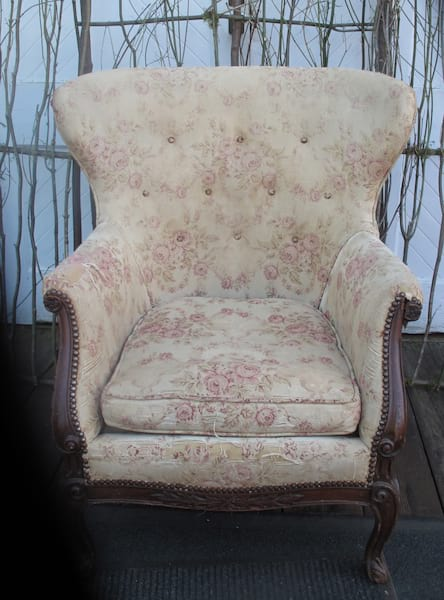 Chair - Worn Rose Parlor
