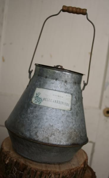 Bucket - French Galvanized Wide w/Lid and Handle