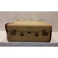 Suitcase - Linda Canvas