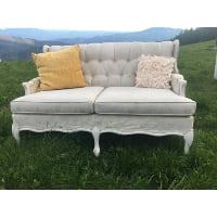 Couch - Sara Loveseat