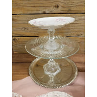 Pedestal - Three Tier Cherry Blossom Top