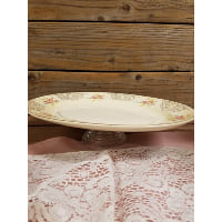 Pedestal - Vintage Cream Oval Scalloped Center