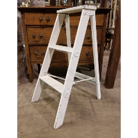 Ladder - White step ladder 2 Step