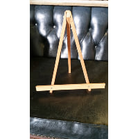 Easel - Natural Wood Tabletop
