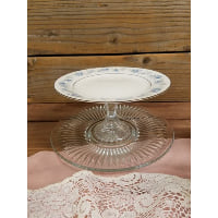 Pedestal - Two Tier Blue Floral Rim Top