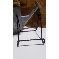 Easel - Large Black Twist Tabletop