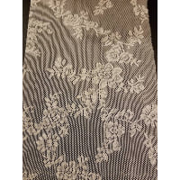 Runner - Lace White Assort. 4' to 5'