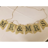 Sign - Mr & Mrs Distressed Burlap Bunting