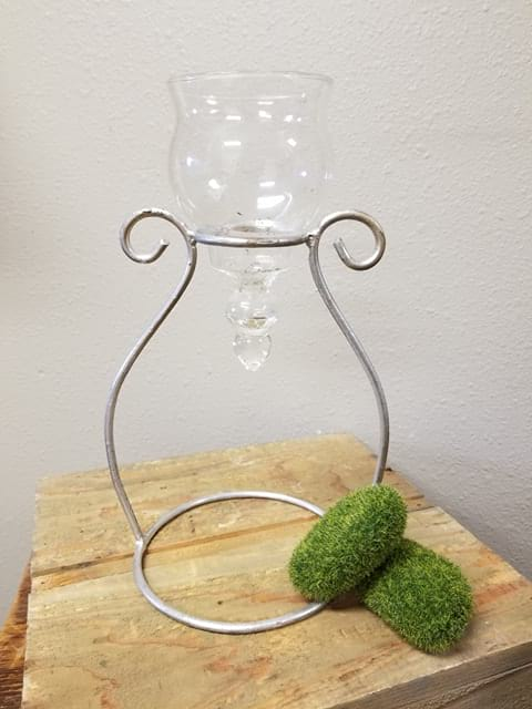 """Holder - Single glass 10"""" floating candle with metal stand"""