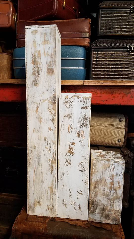 Stand - Tall White Wood Distressed Box