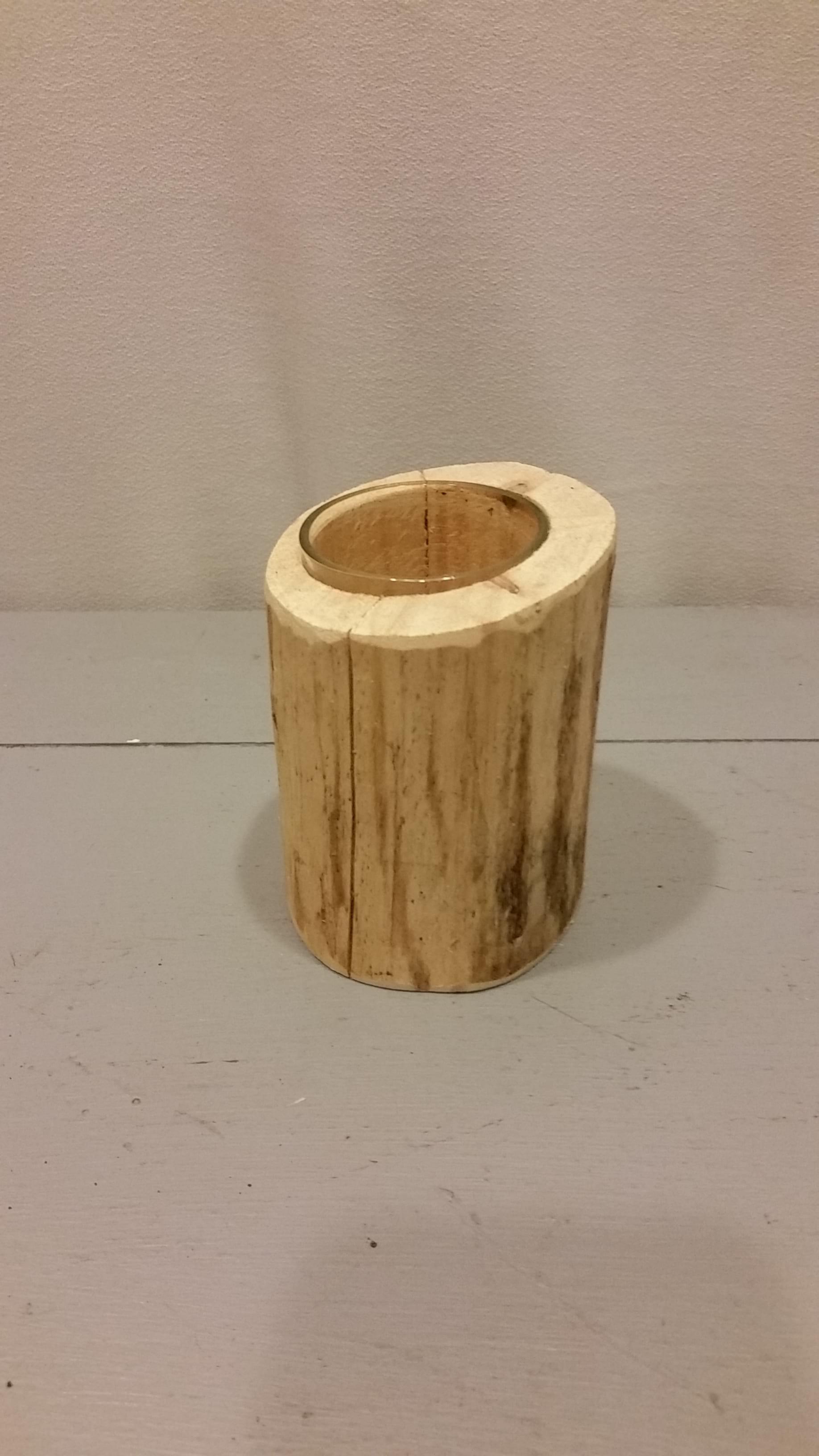 Vase - Log