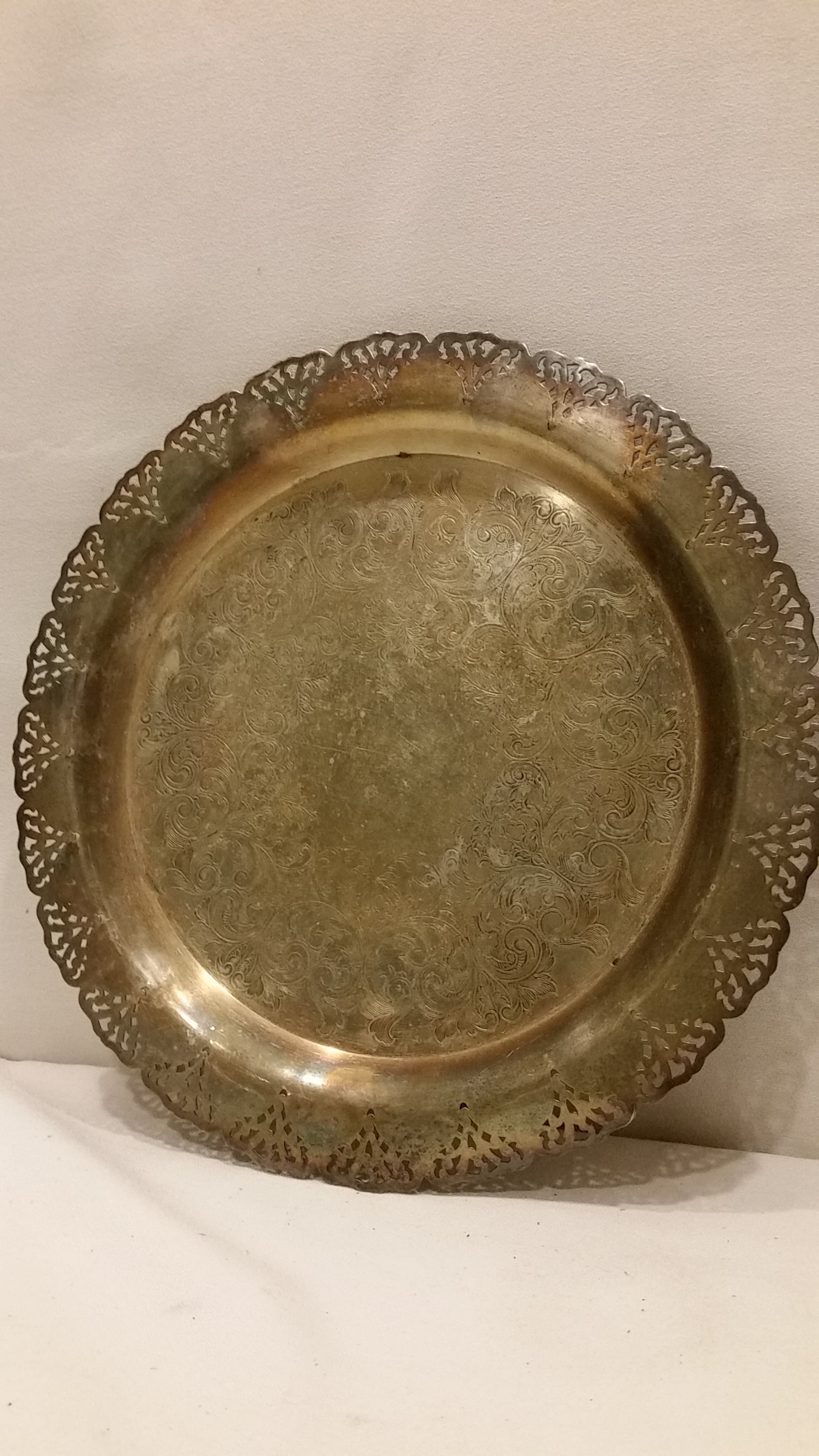 Tray - Silver Round Lace Edge