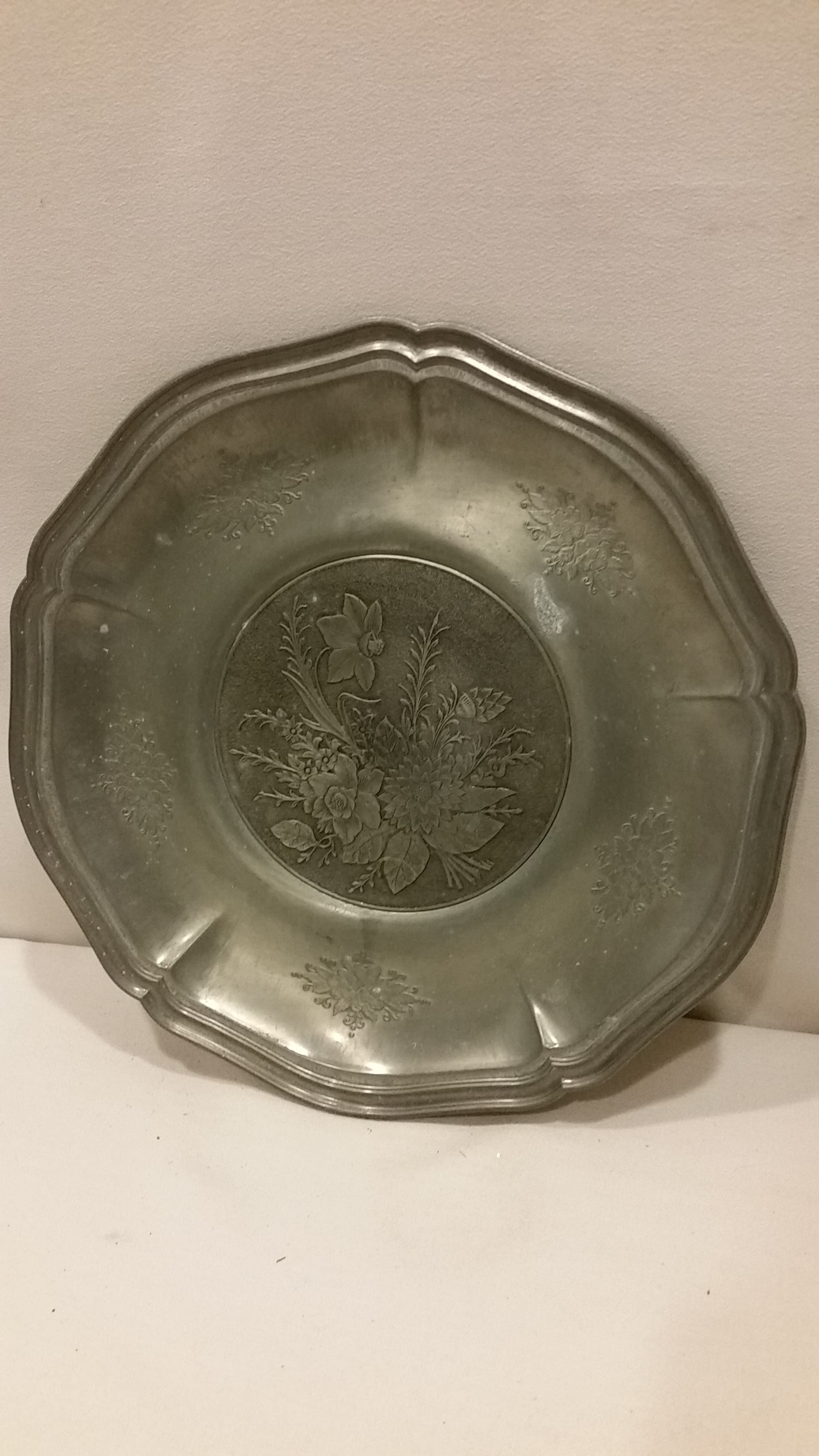 Tray - Silver Round Floral Center