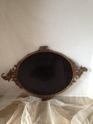 Ornate Oval Gold Metal Chalkobard