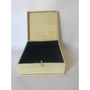 Bakelight ring box