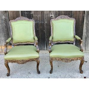 SERAPHINA GREEN LEATHER CHAIR