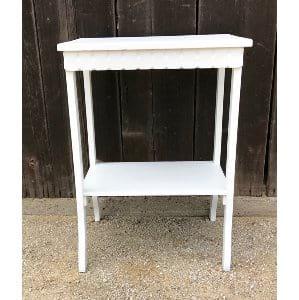 LESLIE WHITE SIDE TABLE