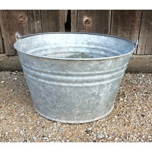 BEAVIS GALVANIZED BUCKET