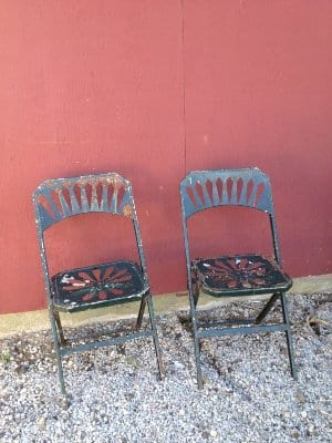CACEY GREEN RUSTIC METAL CHAIR