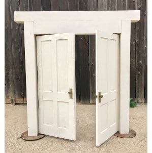 ENTRANCE DOORS FOR CEREMONY