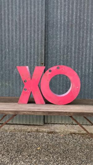 XO…. Lettering