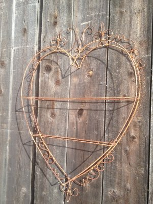 WYATT WIRE HEART SHELF