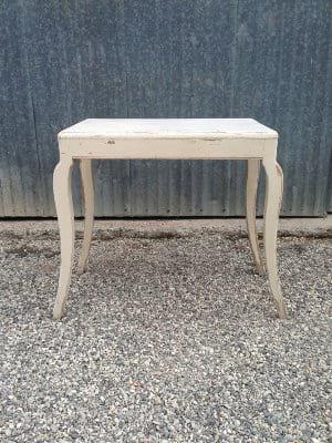 CLEMENTINE CURVY LEG IVORY TABLE