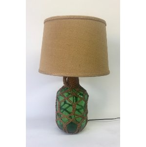 Green rope trimed lamp